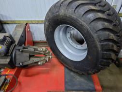 Ciągniki sprzęt rolniczy 5